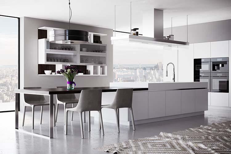 【捷西橱柜】豪宅厨房的装修结构一般都以开放式、半开放式为主,装修风格有简约、田园、中式、古典、美式等风格,具体因人而异,也逐渐成为了一个与家人情感交流的重要场所之一。为了自家的别墅厨房能永葆精致实用,以下8大要点大家有必要来了解一下~ 要点一:空间设计应该呈现利用率高的特点 与普通户型相比别墅厨房的面积大、层高(径向)较高,通常都在3米以上。